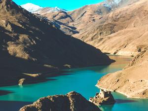 Yamdrok - Tso lake, Tibet
