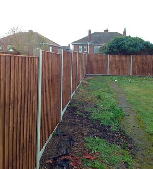A fence installed in Slade Green, Erith DA8.