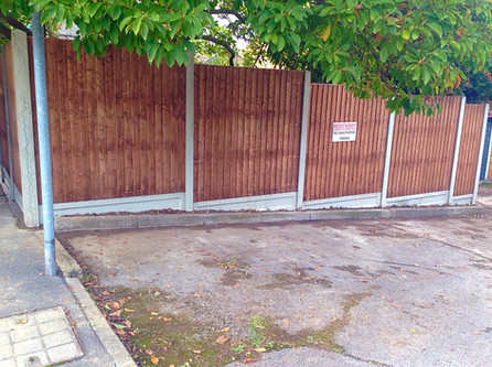 Close board fence in Sidcup.