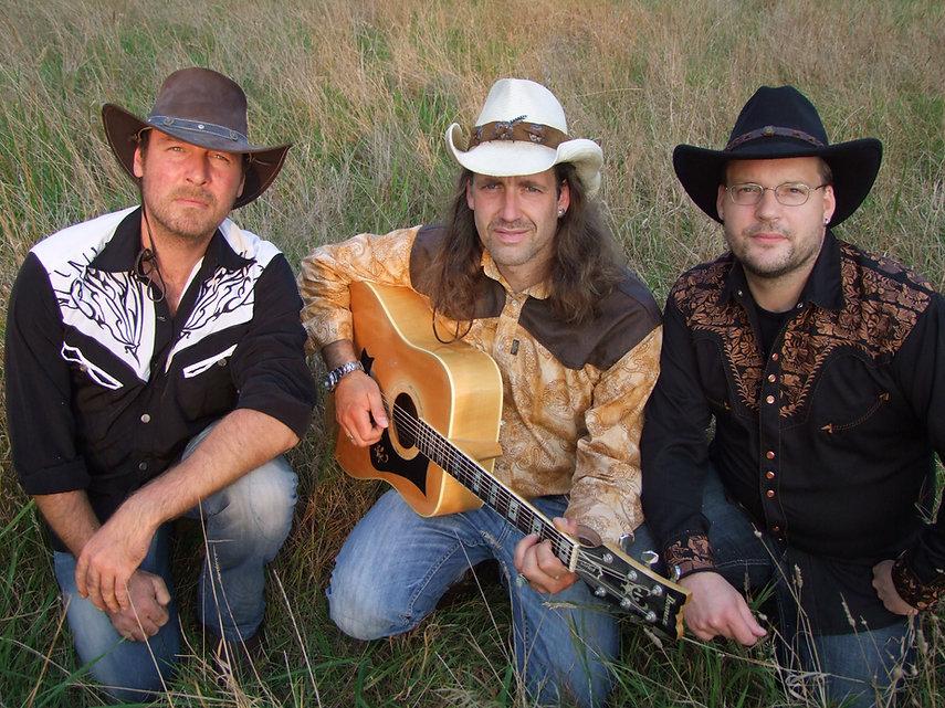 Campfire live Band Country Rock Acoustic Ulf Petershagen Bernd Rönisch Roland Gutknecht Live Oldenburg Brandfleck
