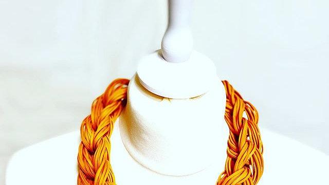 orange traids