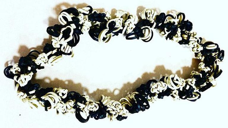 knots double black&white
