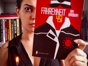 """""""Fahrenheit 451"""": um clássico das distopias que talvez não tenha envelhecido tão bem (resenha)"""