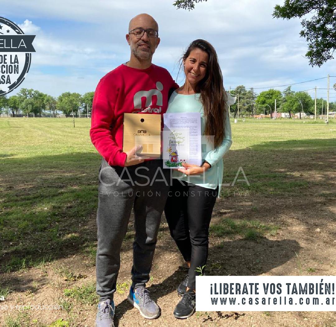Leandro y Verónica tendrán su Casarella en el Barrio La Floresta en San Nicolás