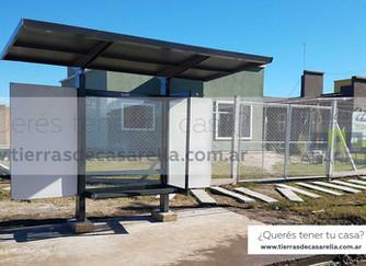 ¡Inauguración de parada de colectivo en Tierras de Casarella!