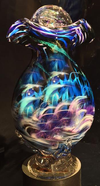 glassurnaurorab.jpg