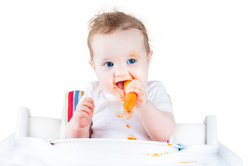 baby led weaning baby eating fruit