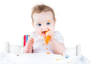 Baby-Led Weaning:  5 reasons why you should consider this fun and easy approach to introducing solid