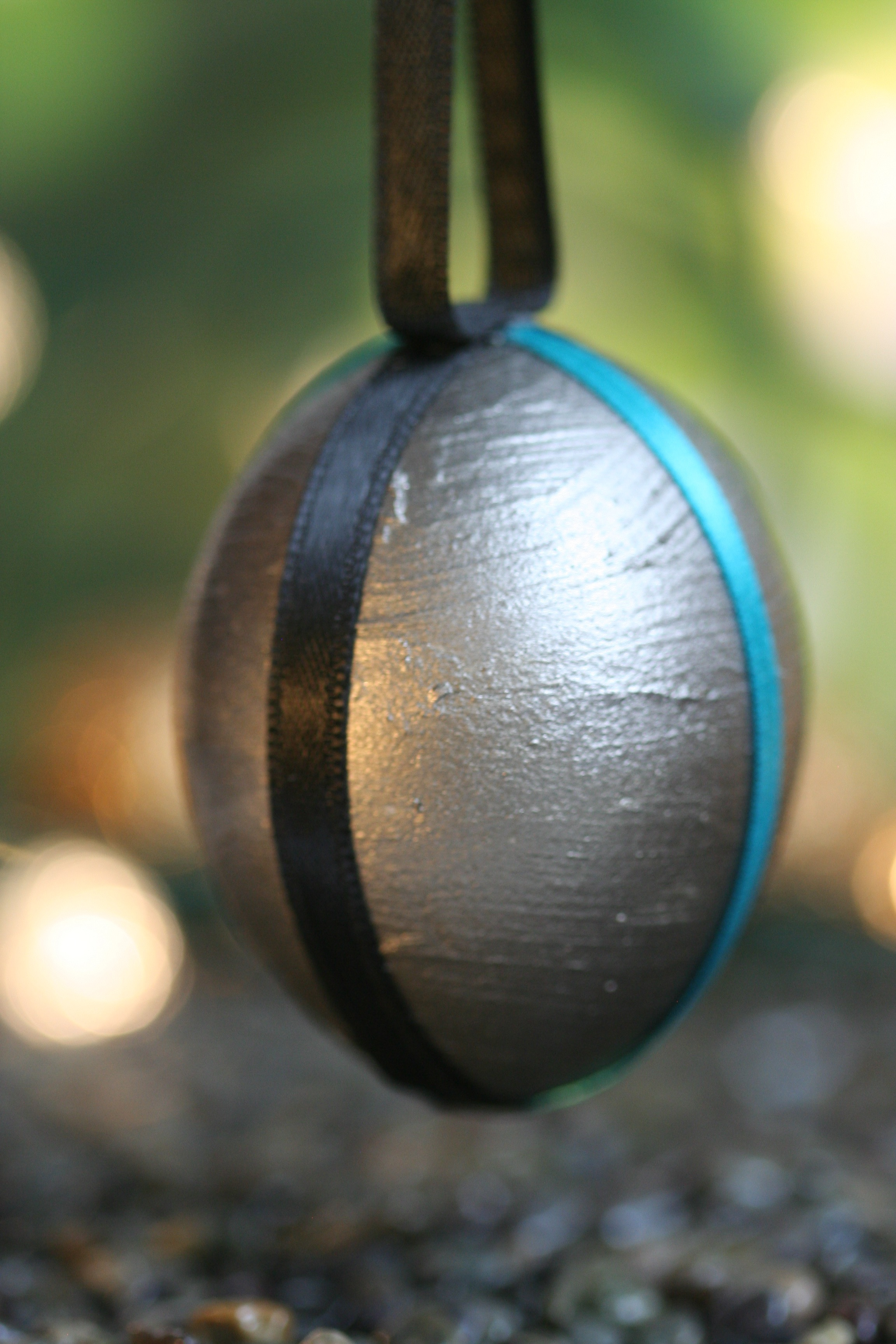 Simple Ribbon Ornament
