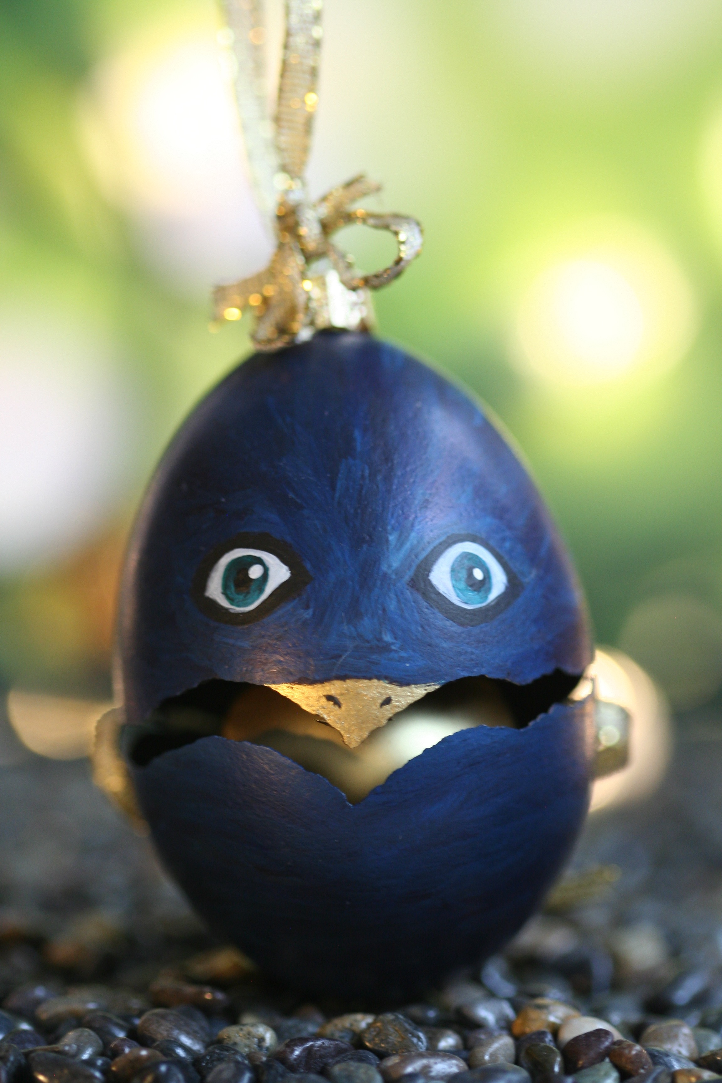 Broken Birdy Ornament