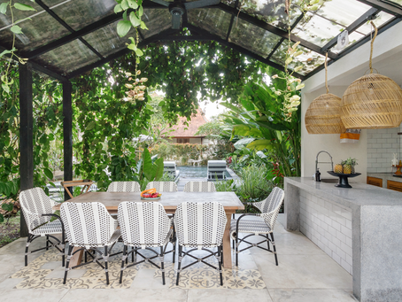 5 Stunning Outdoor Kitchens That'll Make You Swoon