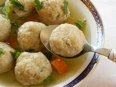 Slow Cooker Matzo Ball Soup