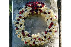 Popcorn Berry Wreath For Birds