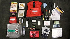 How to Build a 72 Hour Emergency Kit.jpg