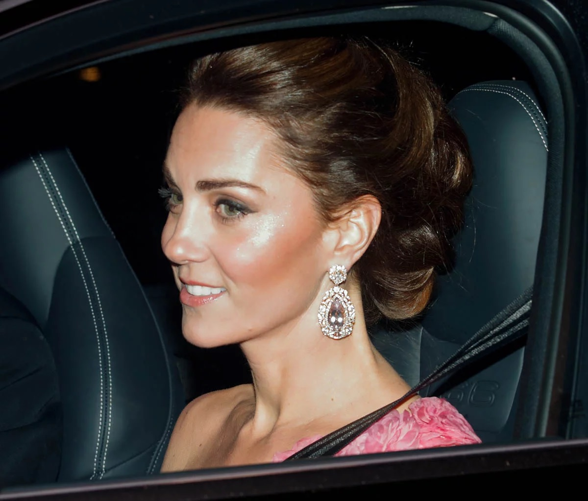 Beautiful Kate Dazzles In Jewels