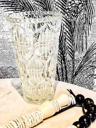 Vase au décor esprit Art Déco