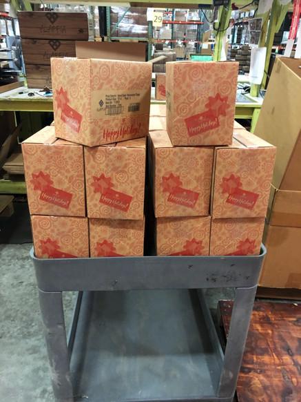 Holiday Shipper/Shelf Merchandiser