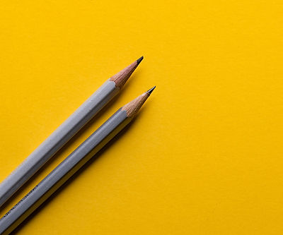 Minimal%20pencils%20on%20yellow_edited.jpg
