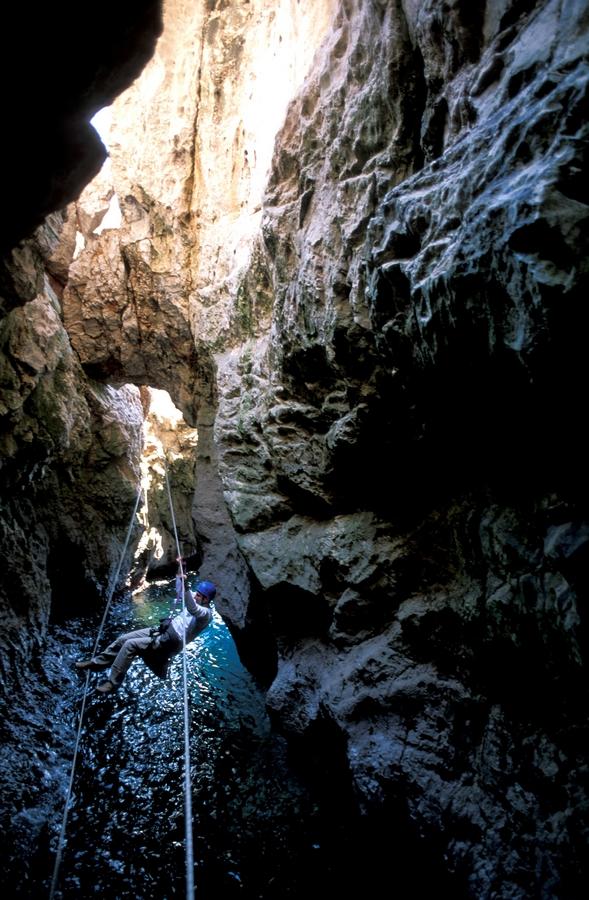 pont de singe - Grotte de Sormiou