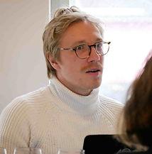 Kevin Leismann ist der Sommelier & Gastgeber Cookies Cream 1 Sterne Restaurant in Berlin