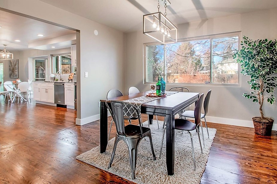 Broomfield staging is light and bright