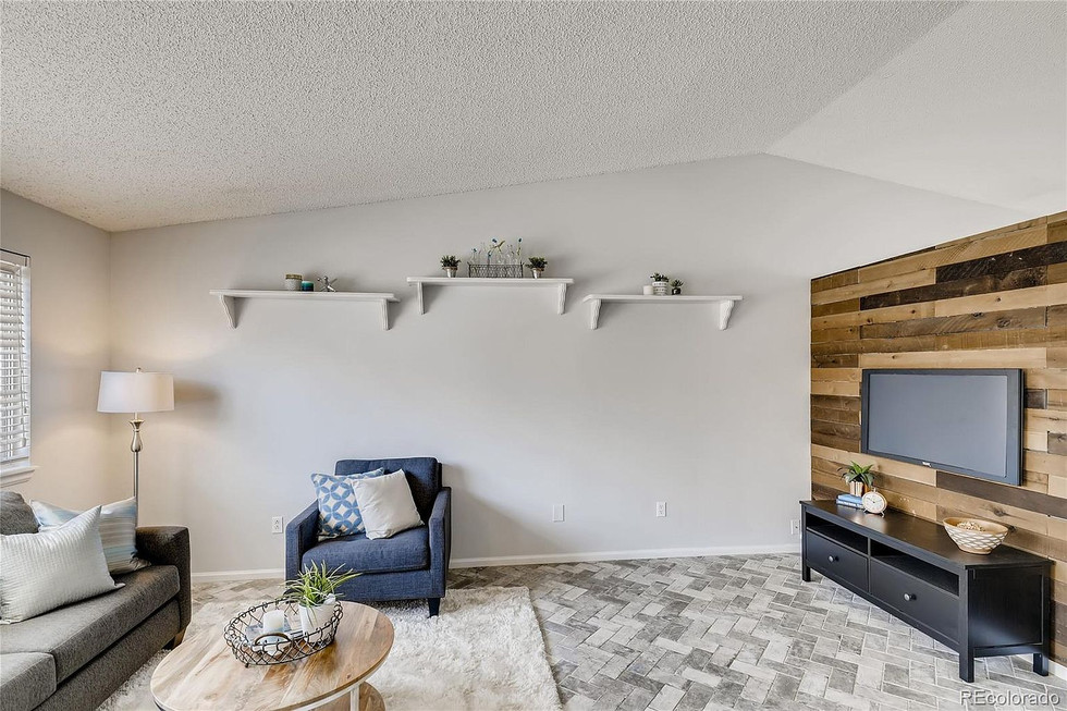 Accent Walls and Tiling