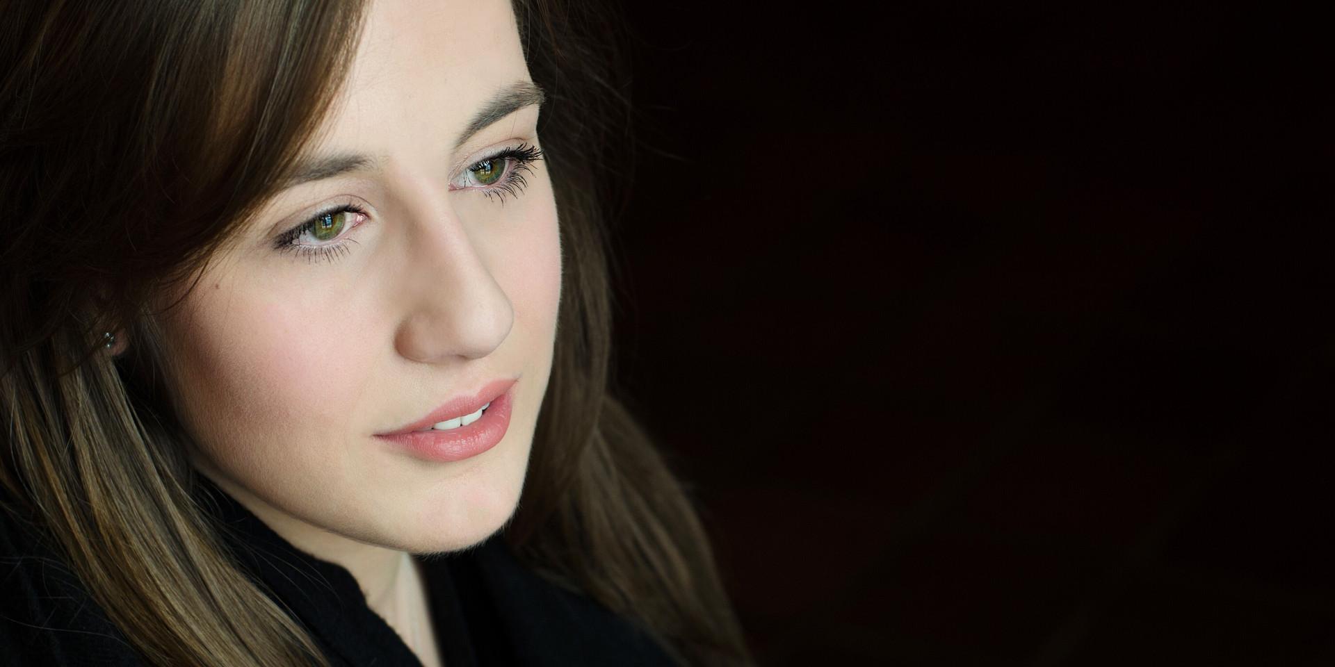 Katherine Weber Headshot