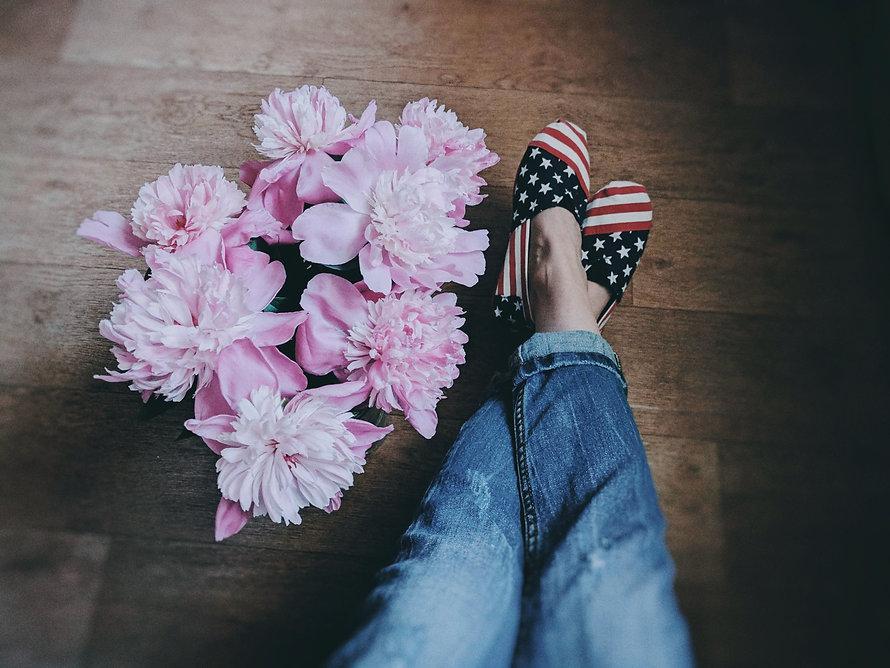 bloom-blooming-blossom-2561397.jpg