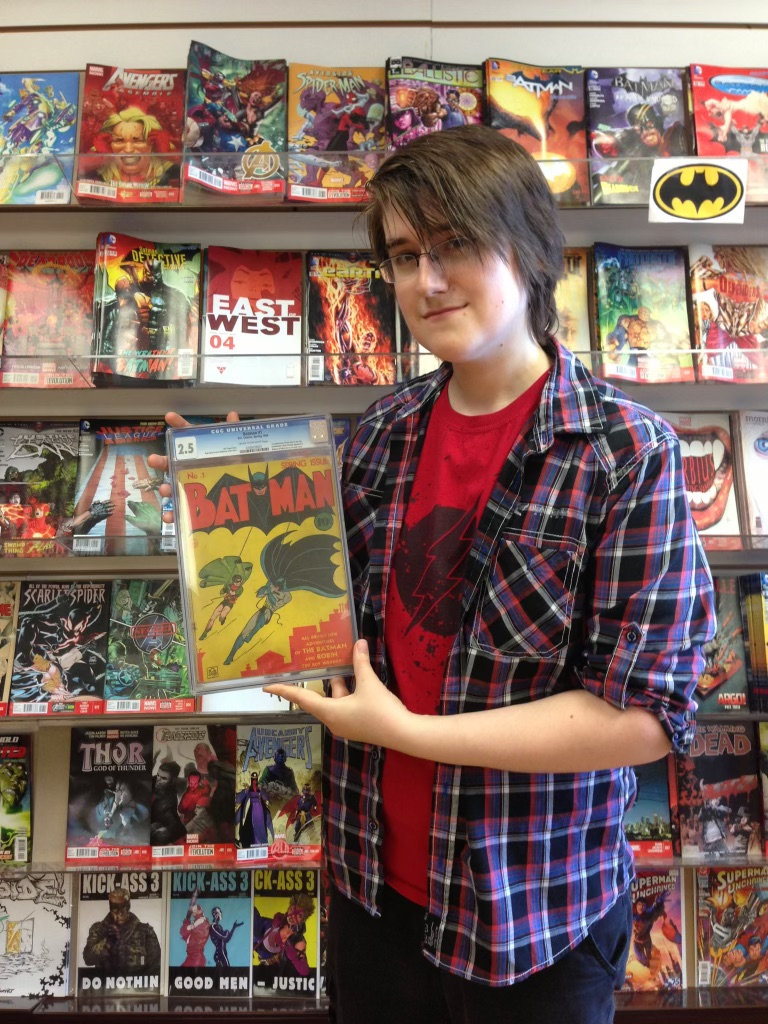 Alex with/avec Batman #1 (1940)