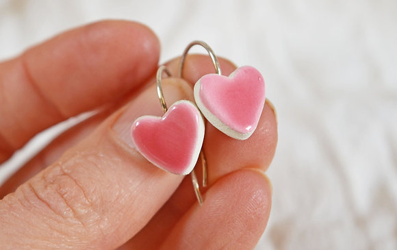 """Petites boucles """"coeur"""" Roses en Argent"""