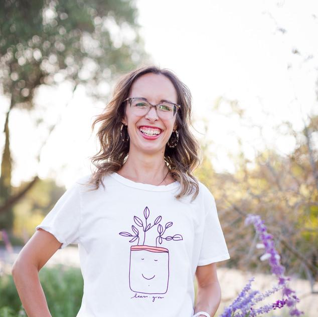 Caitlyn Wallinger Author Pic.JPG