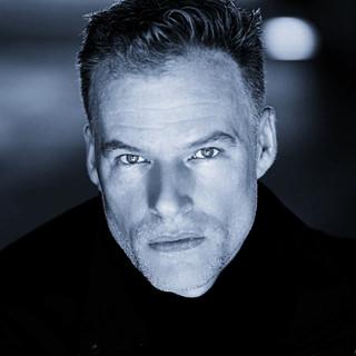 Jason Woods Author Pic.jpg