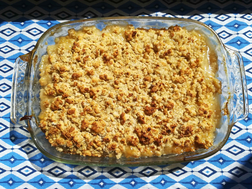 Peach and Pineapple Oat Crumble