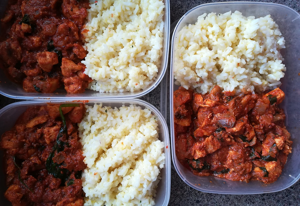 Tuupperware with meal-prepped meals