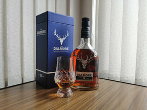 The Dalmore 18 Year Old Whisky        (The Whisky Series)