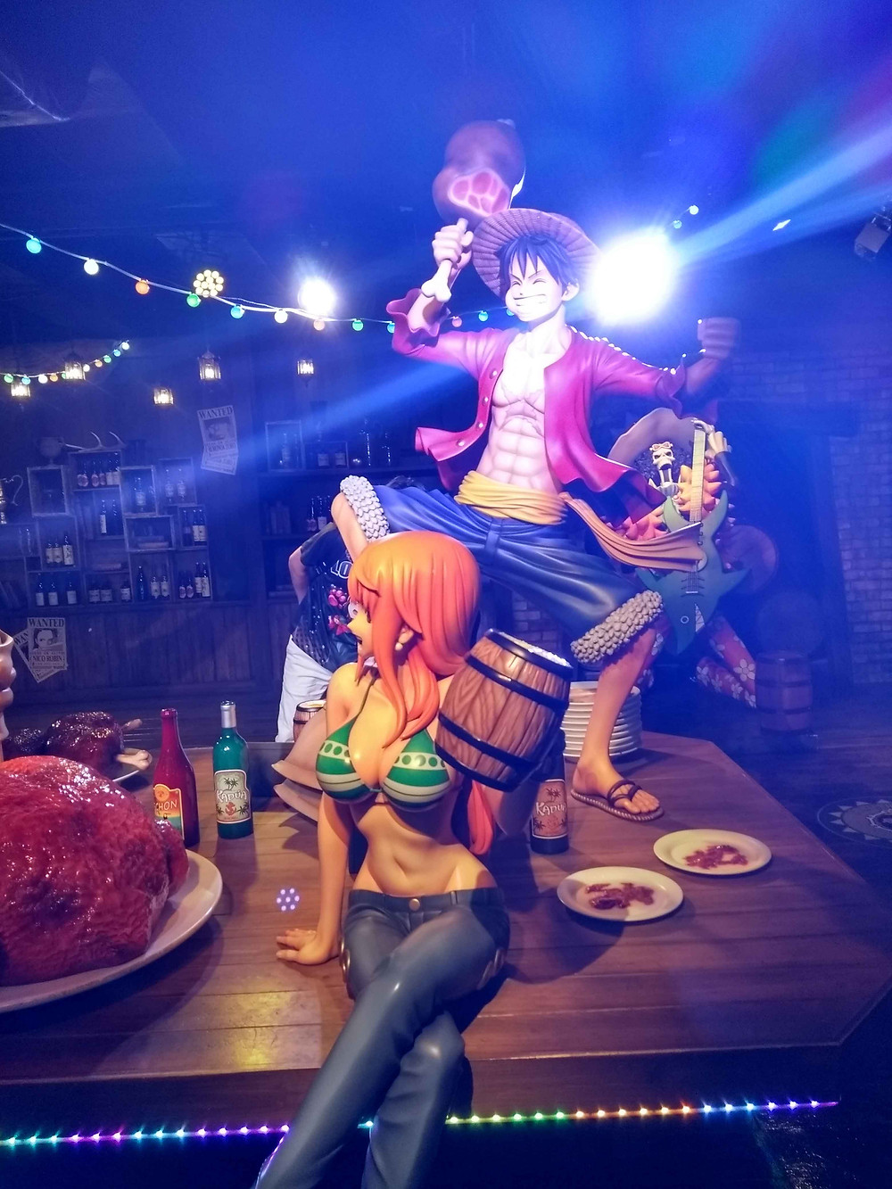 Luffy and Nami Tokyo One Piece Tower
