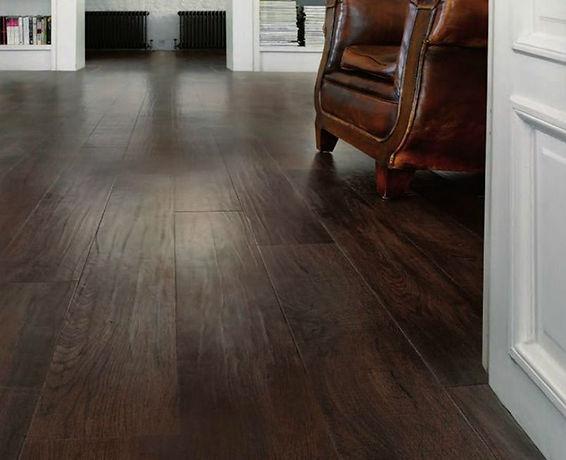 Vinyl-Plank-Basement-Flooring-Ideas.jpg
