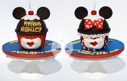 Disney Giant Cupcake Anniversary Cak