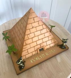 Egyptian Pyramid Cake