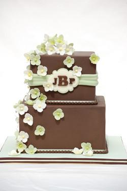 Chocolate and Hydrangea Wedding Cake