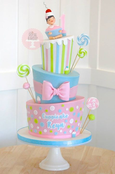 Topsy Turvy Sweets Cake