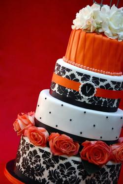 Damask and Roses Cake