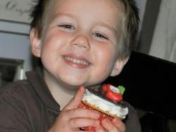 Aidan loves Lightning McQueen!