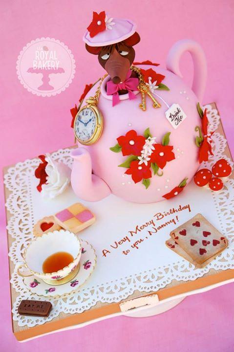 Alice Teapot Cake