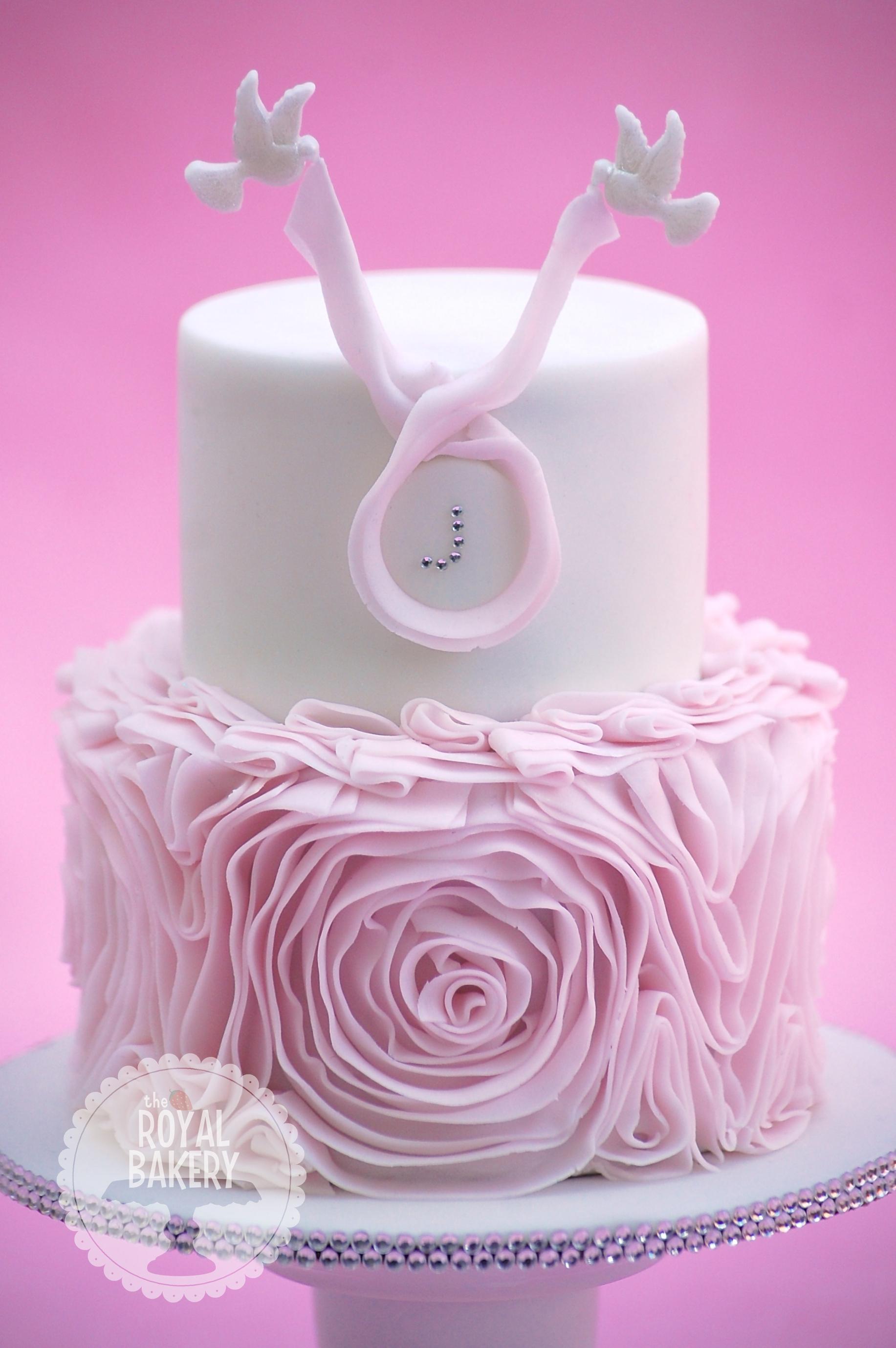 Ribbon Ruffles Cake