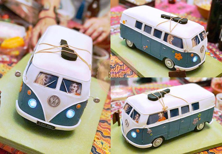 VW Camper Van Groom's Cake