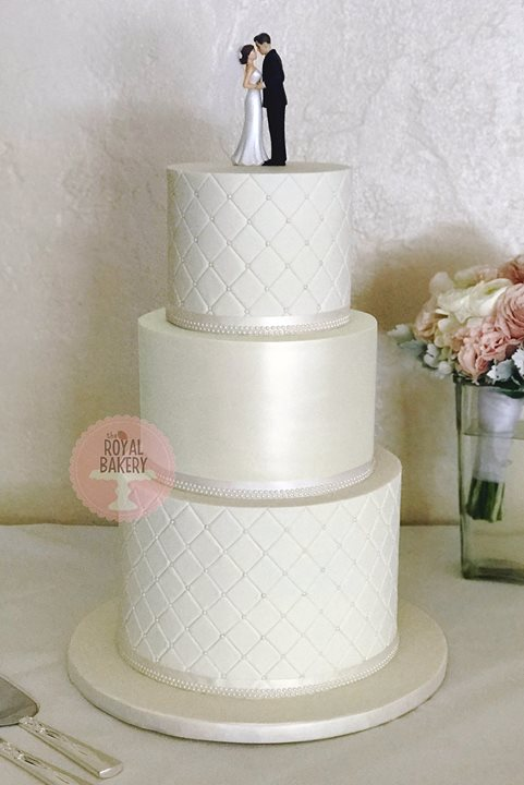 Pearl Quilted Wedding Cake
