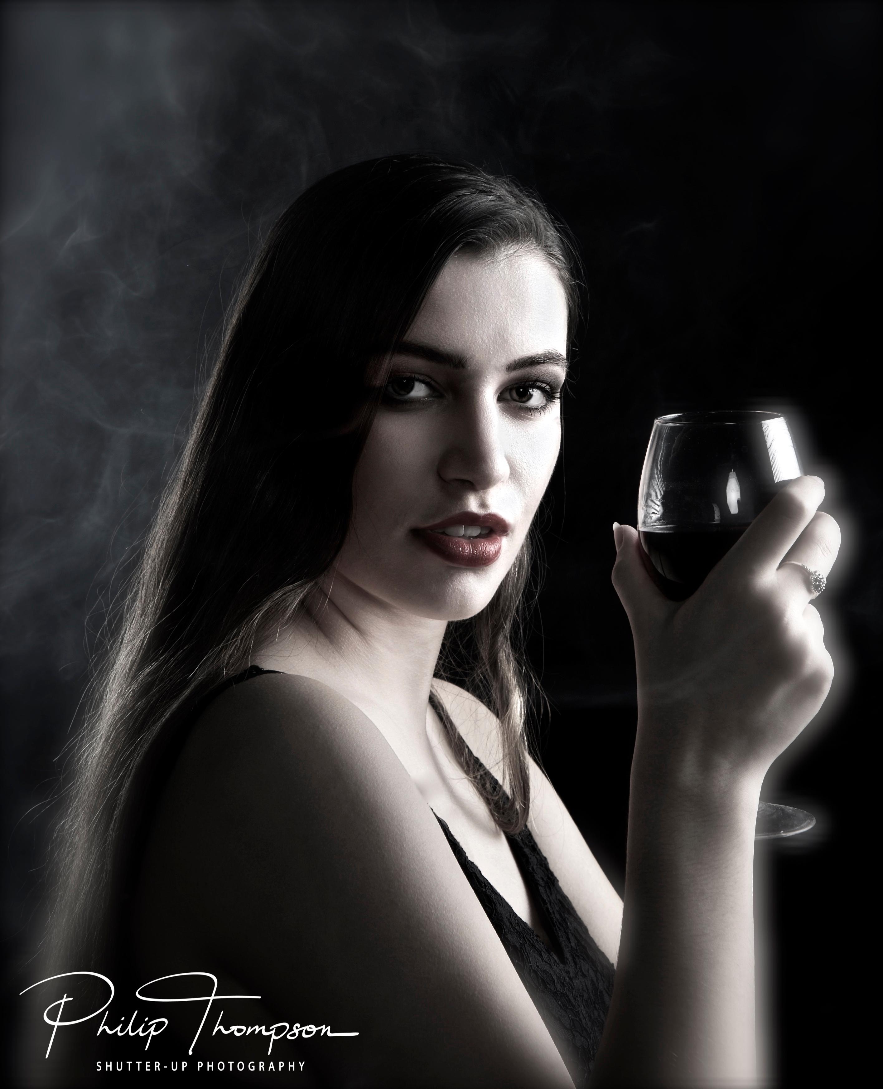 Smoke & Wine1-1504322665345