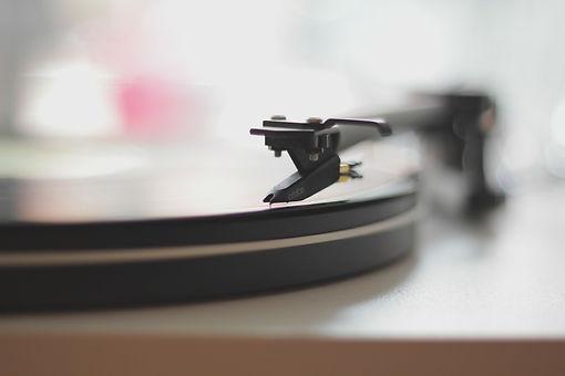 vinyl-336626_1920.jpg