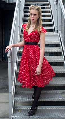 Regina dress in red/beige spot